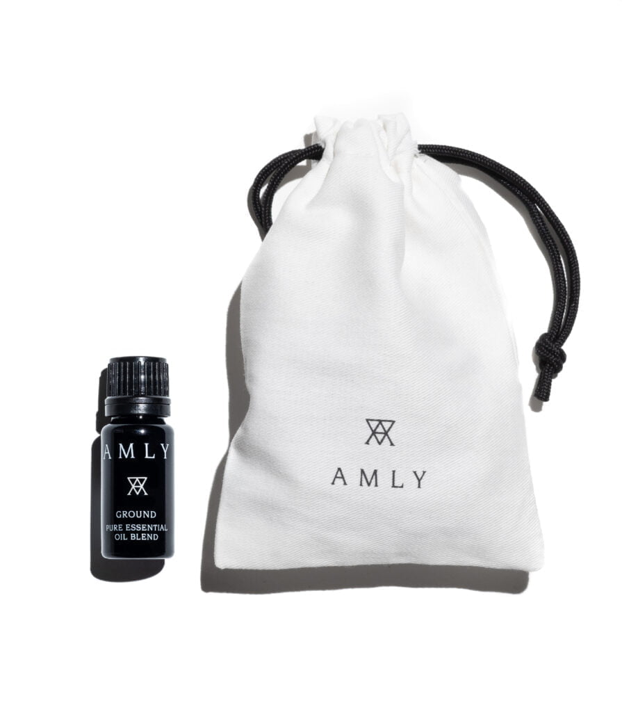 AMLY GROUND essential oil blend with drawstring bag