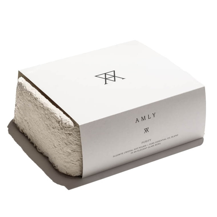 AMLY PURIFY essential oil room fragrance set sustainable packagng grown from mycelium